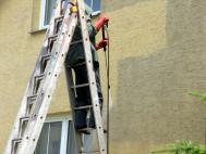 Čištění fasády a mytí oken